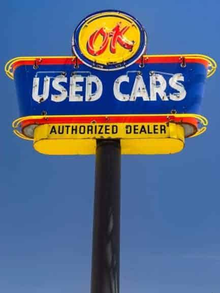 picture of auto dealer media buyer